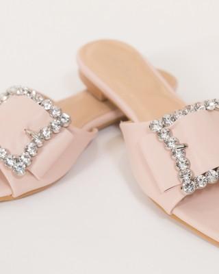 Papuci cu strasuri